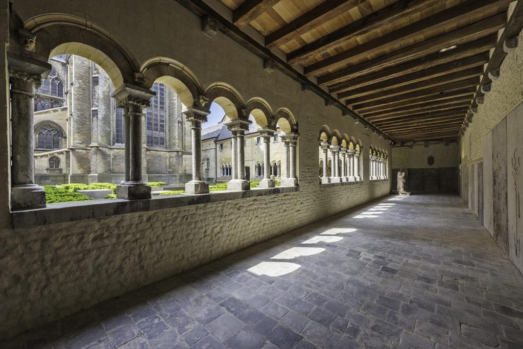 Klostergarten und Kreuzgang Teseum